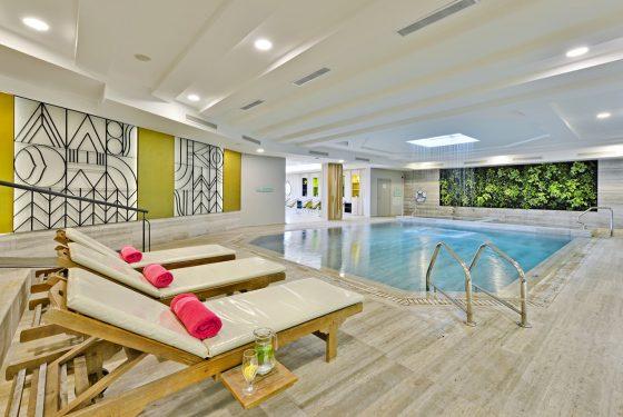 Indoor pool_DSC2177