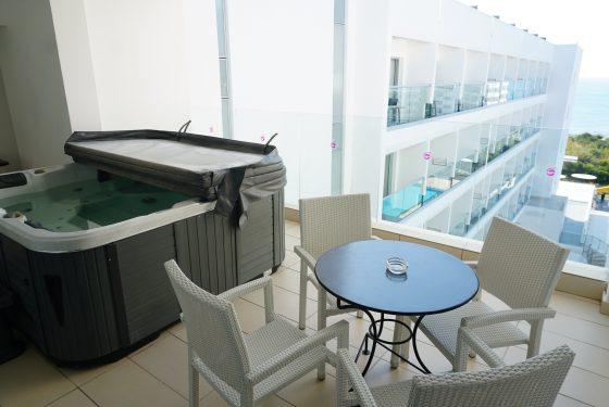 GS balcony&jacuzzi